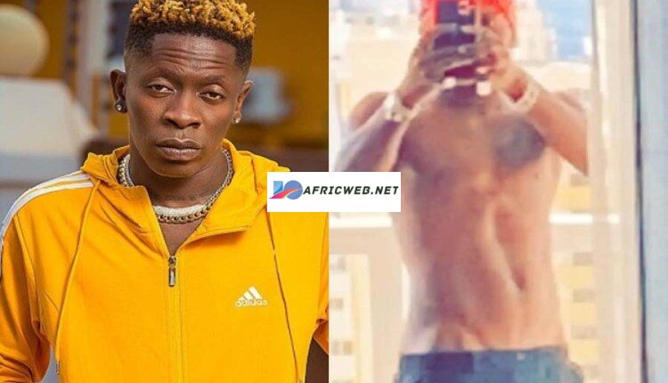 Shatta Wale Shows His Huge D!Ck